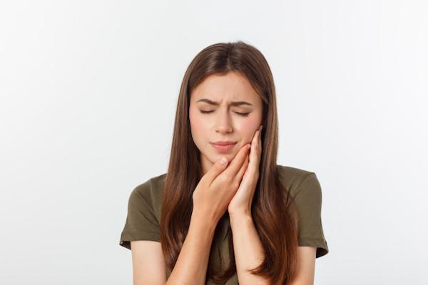 điều trị tủy răng vĩnh viễn, điều trị viêm tủy răng, chữa tủy răng như thế nào, điều trị lấy tủy răng, điều trị lại tuỷ răng, điều trị tủy răng là gì