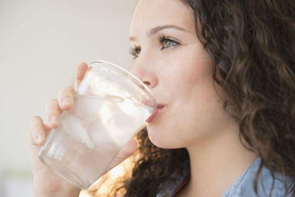 mới nhổ răng uống nước đá được không, nhổ răng uống nước đá, nhổ răng uống nước đá được không, nhổ răng có uống nước đá được không, nhổ răng xong uống nước đá được không, mới nhổ răng có được uống nước đá không